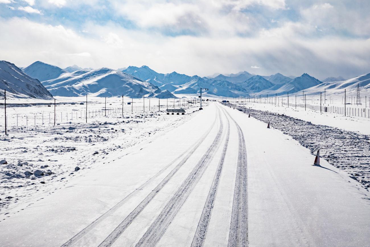 """我的关键词 新疆自驾当中巴公路:天下""""十大险峻公路""""之一,全长1032千米  消息资讯"""