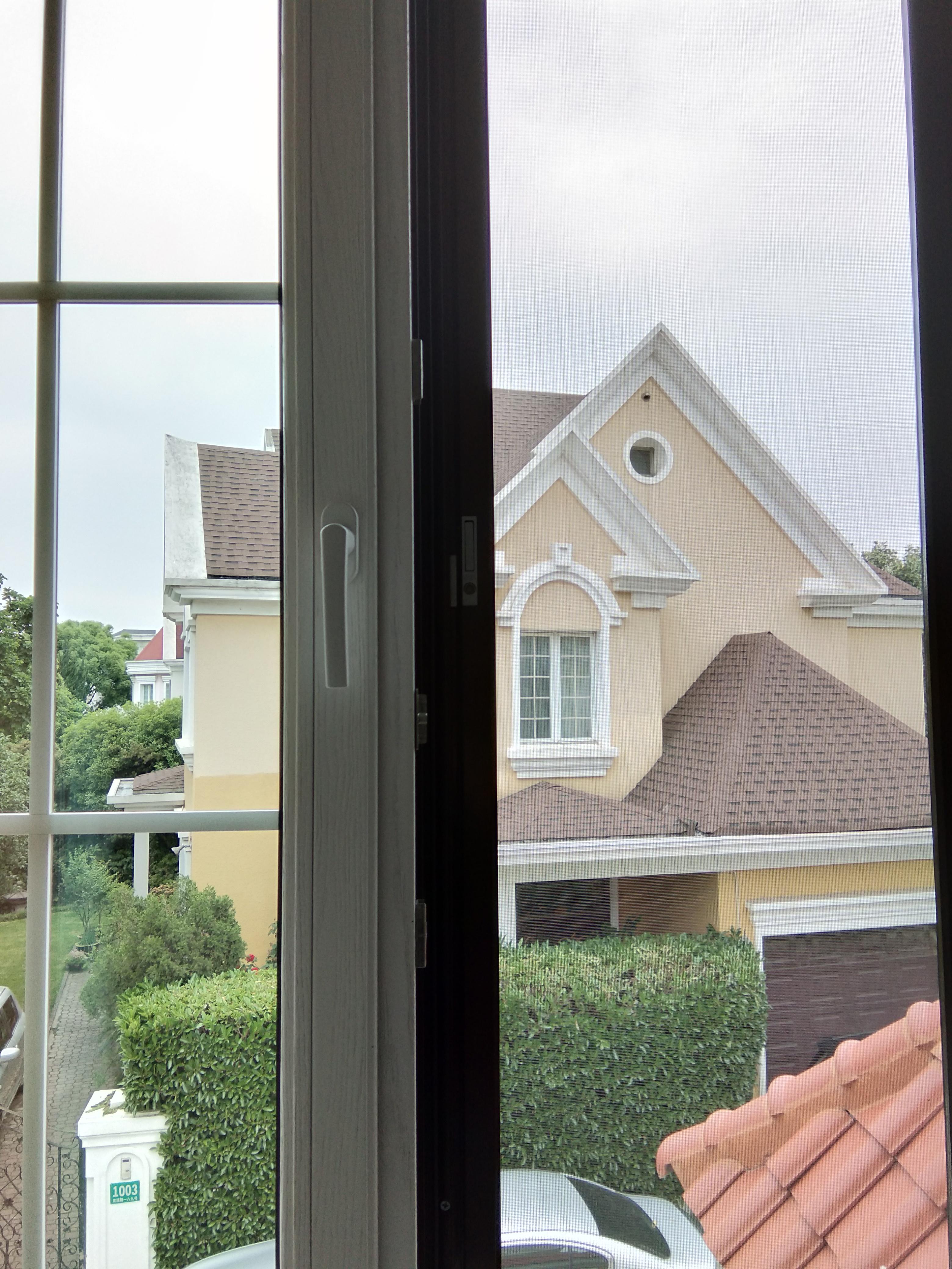 传统纱窗的更替,新一代不锈钢纱窗的普及,再到儿童防护纱窗问世(图2)