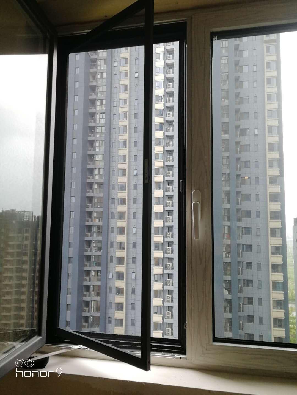 传统纱窗的更替,新一代不锈钢纱窗的普及,再到儿童防护纱窗问世(图6)