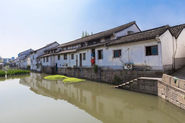 我的关键词 中国最适宜情侣打卡的5座城市,人少景美,最重要的是花钱还少  消息资讯