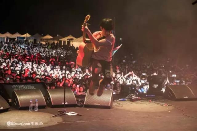 """迷笛:这个被污蔑成""""邪教""""的音乐节,为中国独立音乐默默坚守了近20年"""