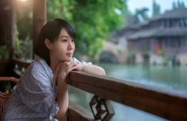 刘若英:愿你历尽千帆,归来仍相信爱情…
