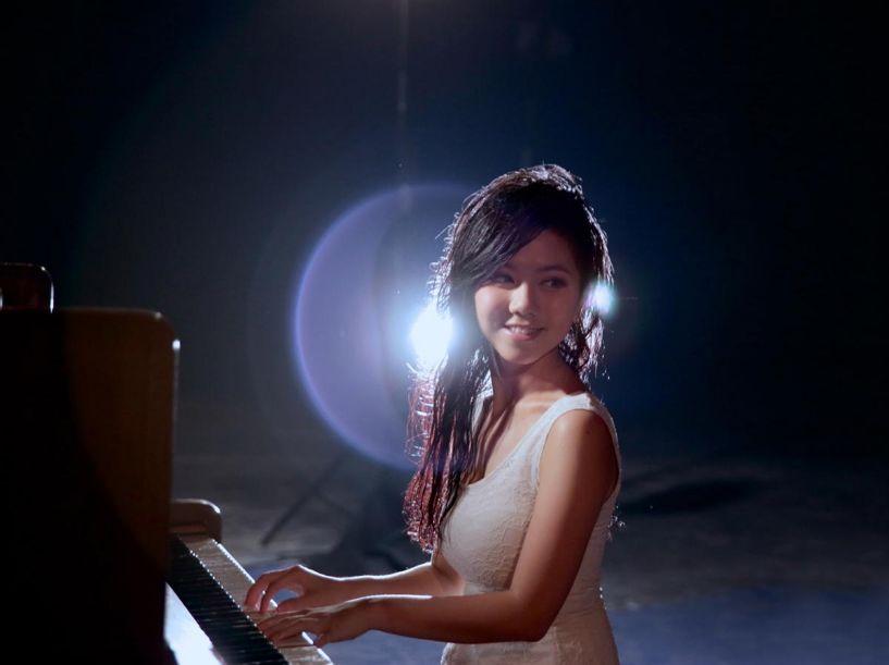 《有嘻哈2》请来邓紫棋当导师、尬说唱:她还是个孩子,请放过她…