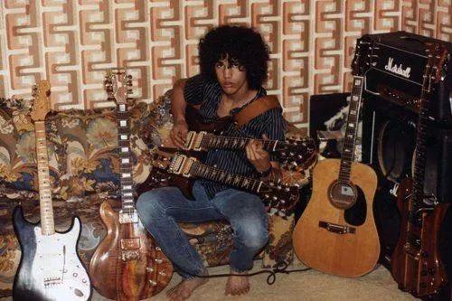 这个手速奇慢的流氓吉他手,凭什么成为躁翻全世界的超级英雄!