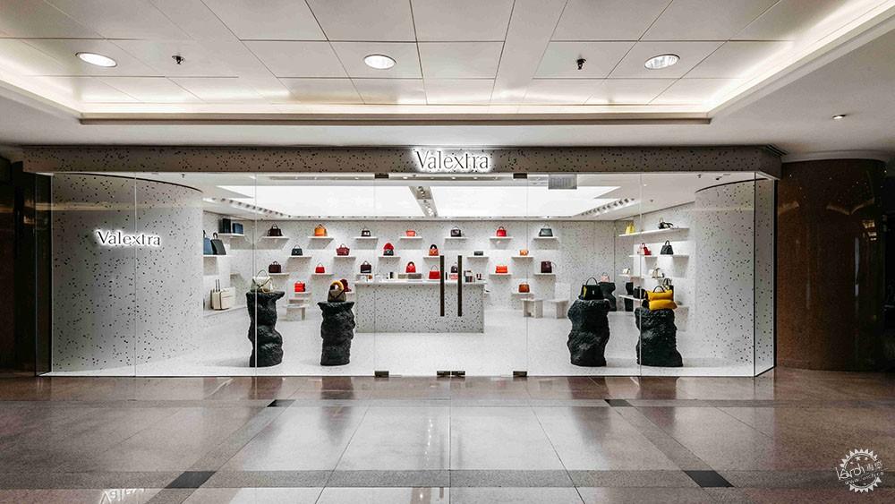 意大利爱马仕Valextra香港精品店揭幕  Max Lamb操刀之作