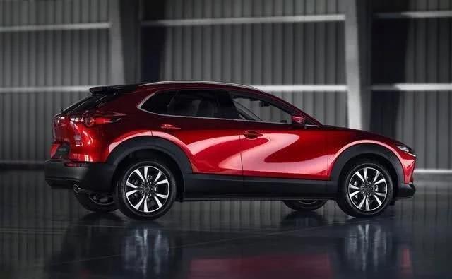 马自达全系2.0L自吸的CX-30能不能让丰田、本田紧张?
