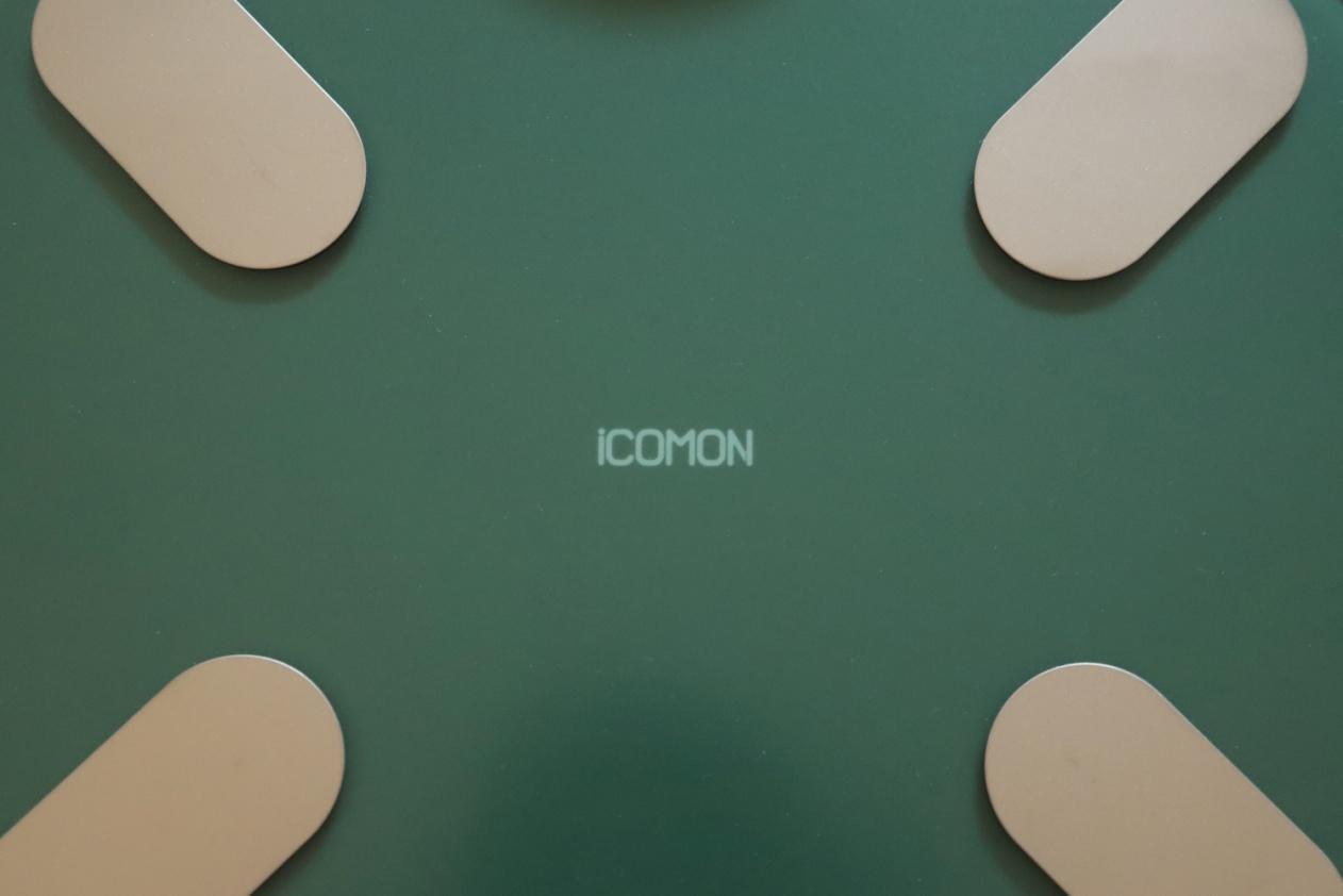 绝美颜值 一眼相中 ICOMOM沃莱小海龟智能体脂秤体验
