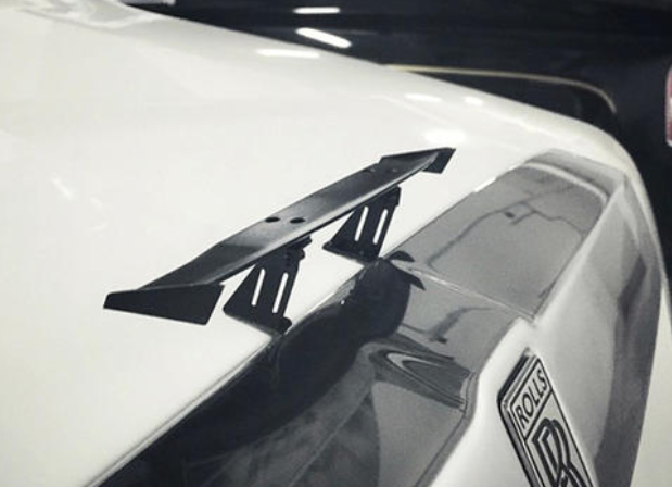 为什么总有10万元家轿车挂个尾翼?网友:他喜欢就好