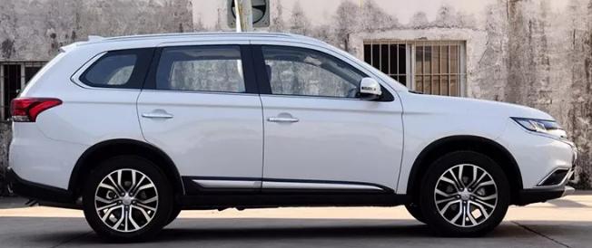 预算20万,买合资全新SUV,还是二手汉兰达?