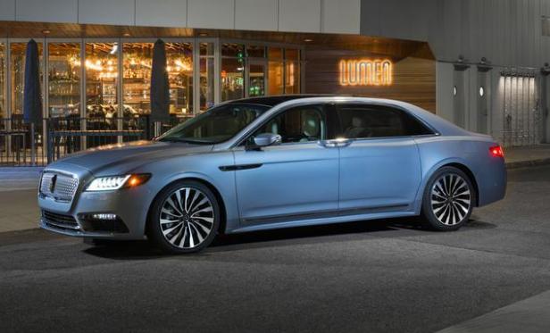 林肯最该国产的车是它,名为大陆,40万买不输奔驰S的旗舰轿车