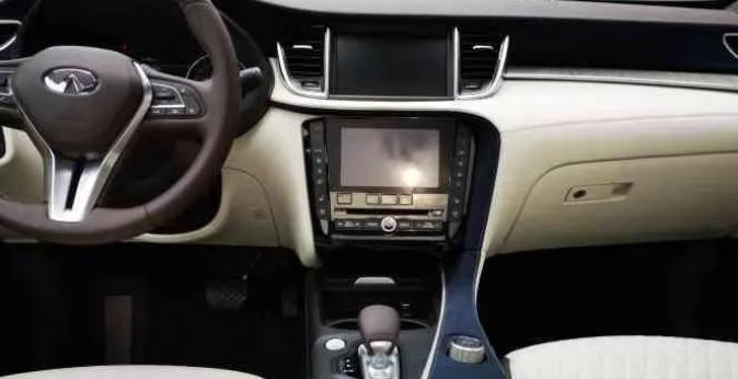 豪华中型SUV非BBA怎么选?XT5和QX50都不错
