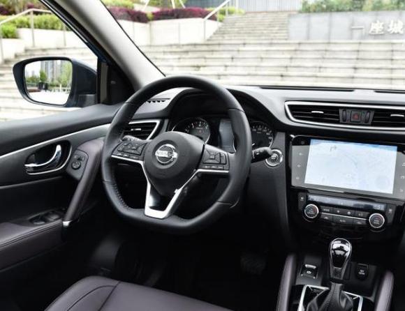 合资家用SUV的自然吸气之选,日产逍客和起亚智跑怎么选?