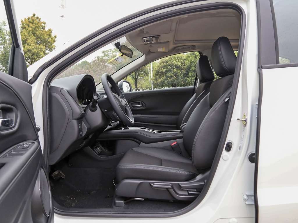 是合资小型SUV,缤智XRV和CHR谁才是最合适的
