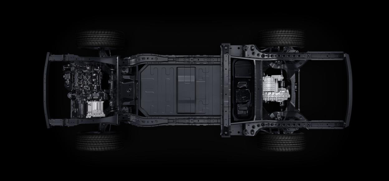 """0万内适合长途自驾的SUV之选,理想ONE/Q5L和XT5选谁?"""""""