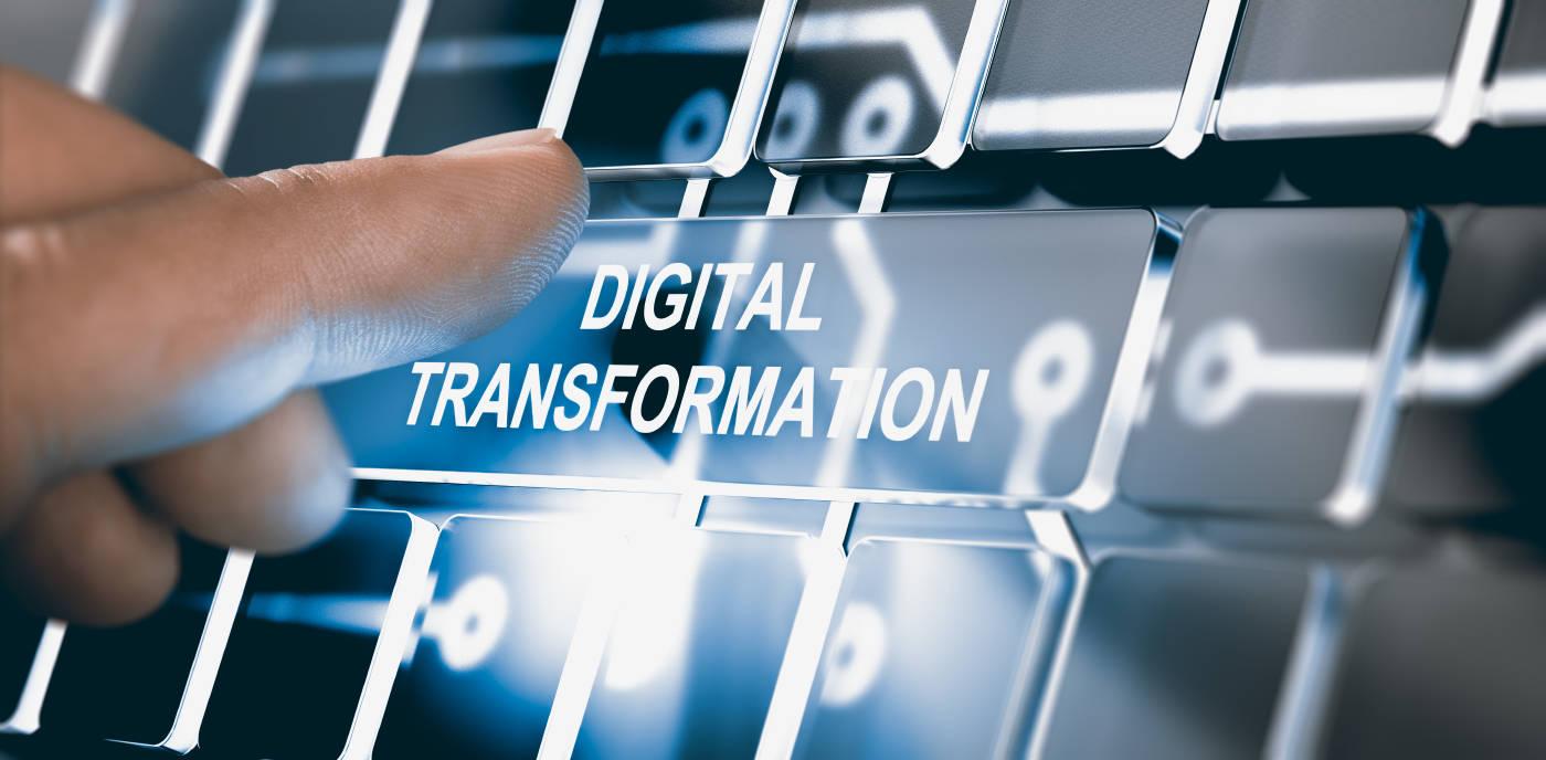 数字化演进:从互联网+到全链路数字化