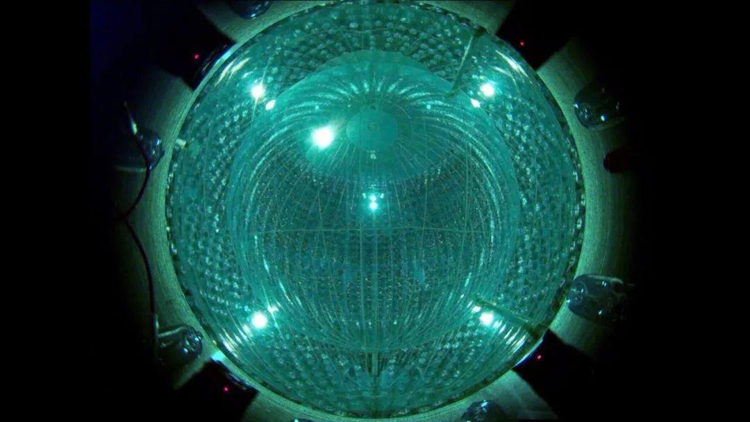 """最新发现:首次揭示""""碳氮氧""""聚变循环,在太阳内部产生中微子!"""