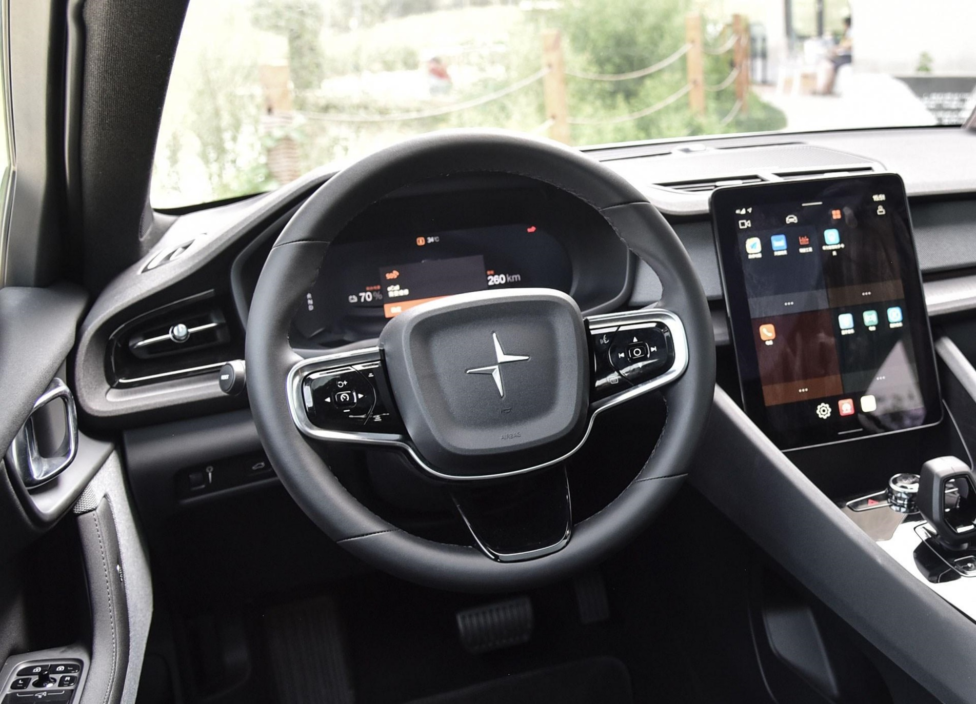 电动车也有叫好不叫座,极星2为什么不如Model 3