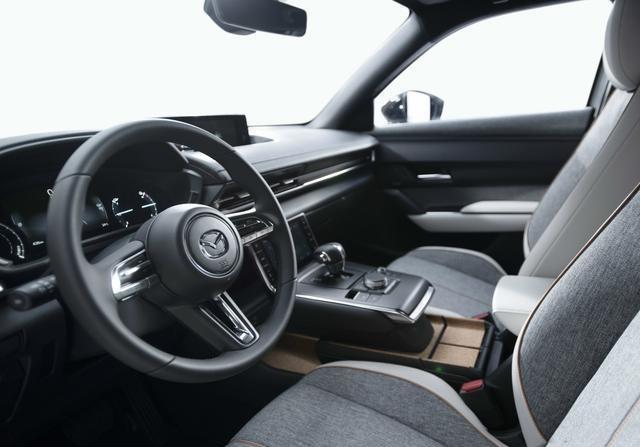马自达将再国产一款SUV,代号J59E,比CX-30大
