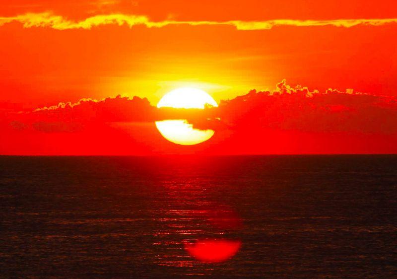 周末早上好正能量问候语带图片,温暖炙热