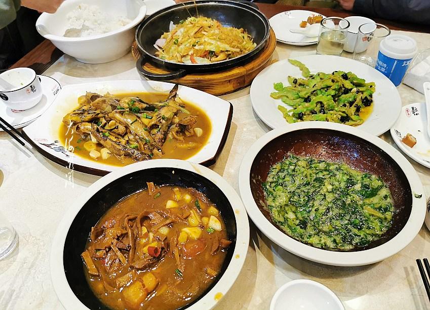 晚餐,5人4菜1汤味道不错,人均34元,你看值不值?