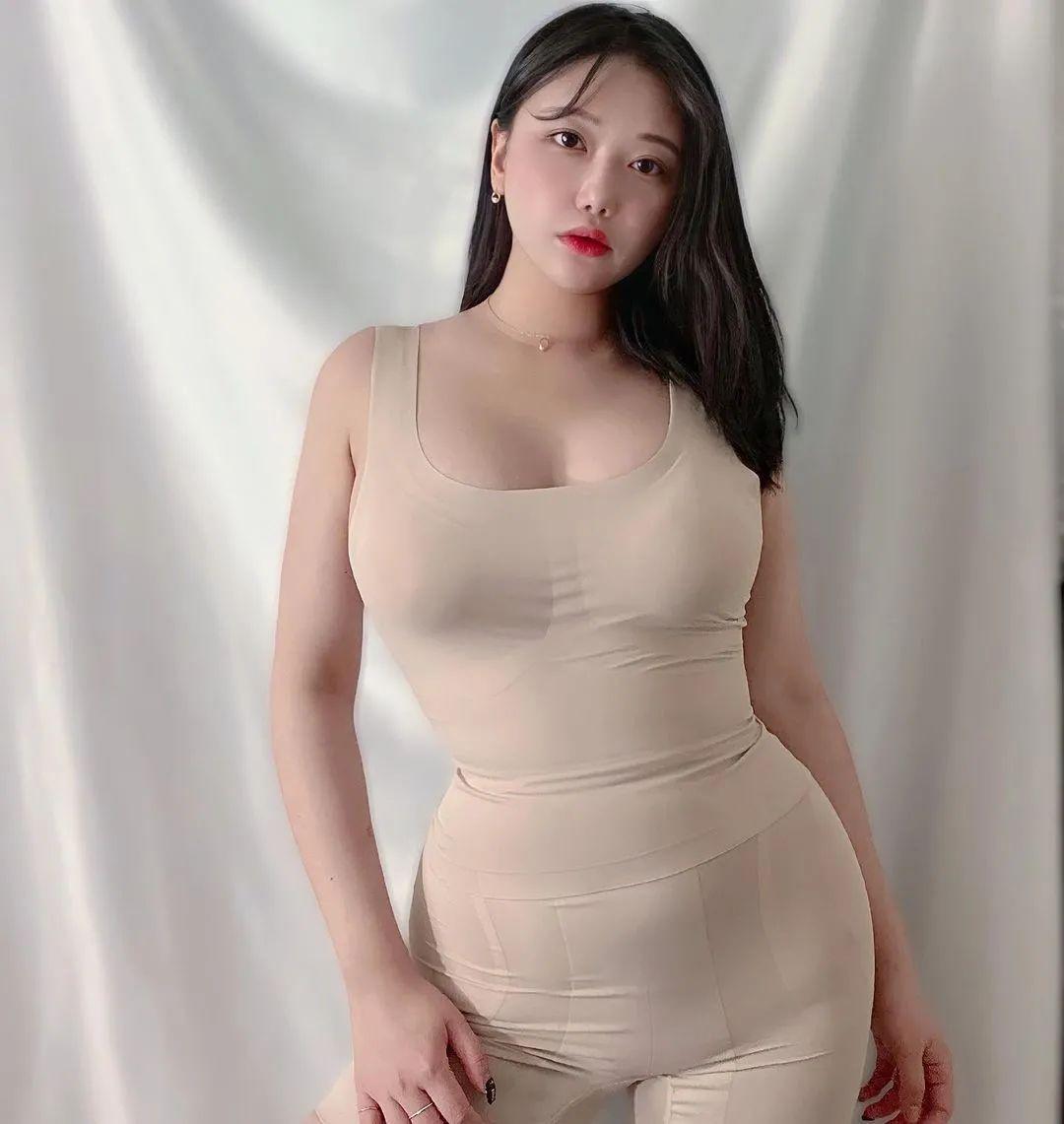 小姐姐图片:超级微胖的美女