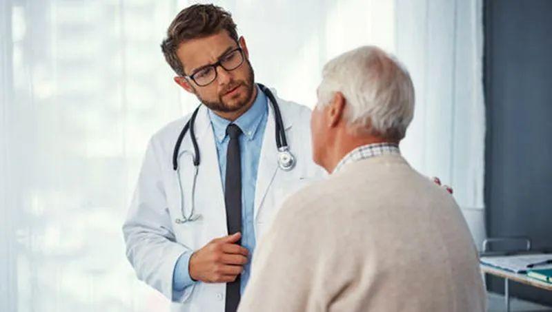 癌症治疗,不能完全消灭体内癌细胞,带瘤生存是一种更实际的选择